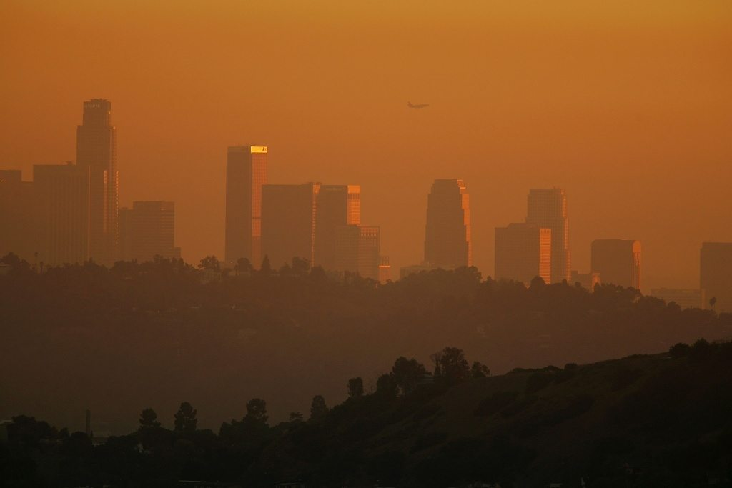 gov. brown has 2 bills to help california's air quality