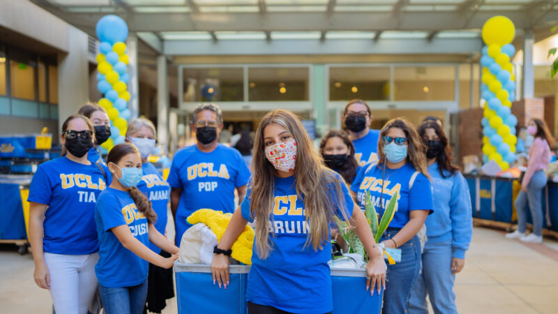 Incoming student Emelin Vivar poses with family on her move-in day to Sproul Hall at UCLA.