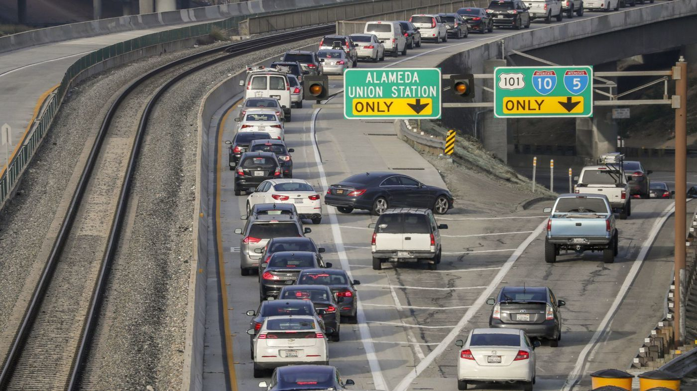 metro wants to end free rides for clean-air vehicles in toll lanes