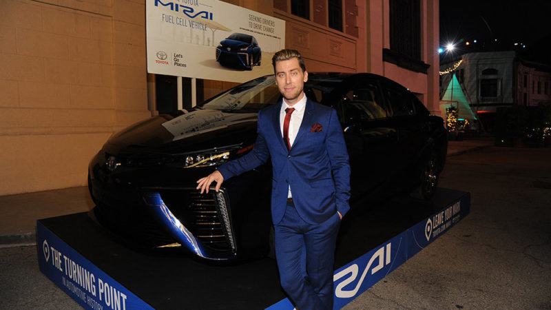 Lance Bass attends the 25th annual EMA Awards presented by Toyota and Lexus and hosted by the Environmental Media Association at Warner Bros. Studios on October 24, 2015 in Burbank, California.