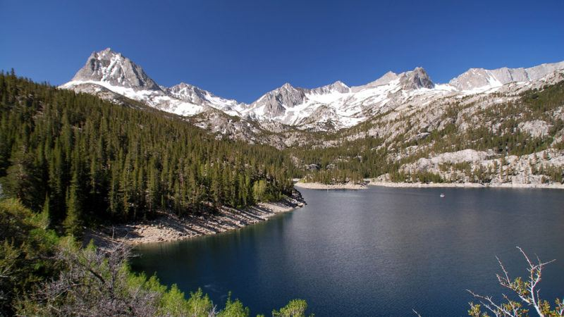 South Lake near Bishop, CA in the Sierra Nevada. | Photo via flicker.com/palojono.