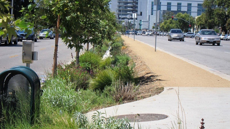 financing green stormwater infrastructure to increase water supply and improve water quality in los angeles county