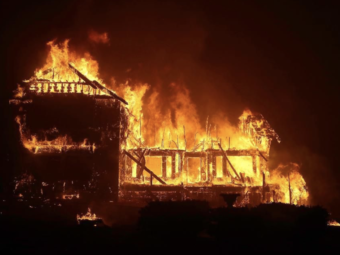 paradise burns as californian wildfire rapidly grows into an 18,000-acre beast