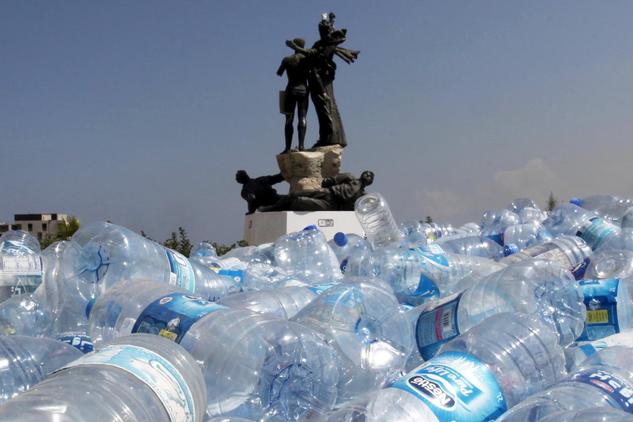magali delmas in the national interest: major barriers still make it hard for individuals to reduce, reuse and recycle